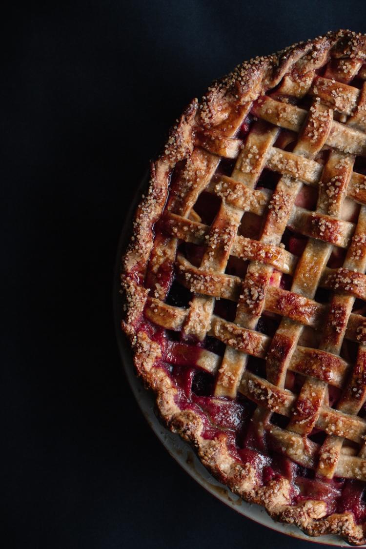caramel-apple-blackberry-pie-with-a-hazelnut-butter-crust