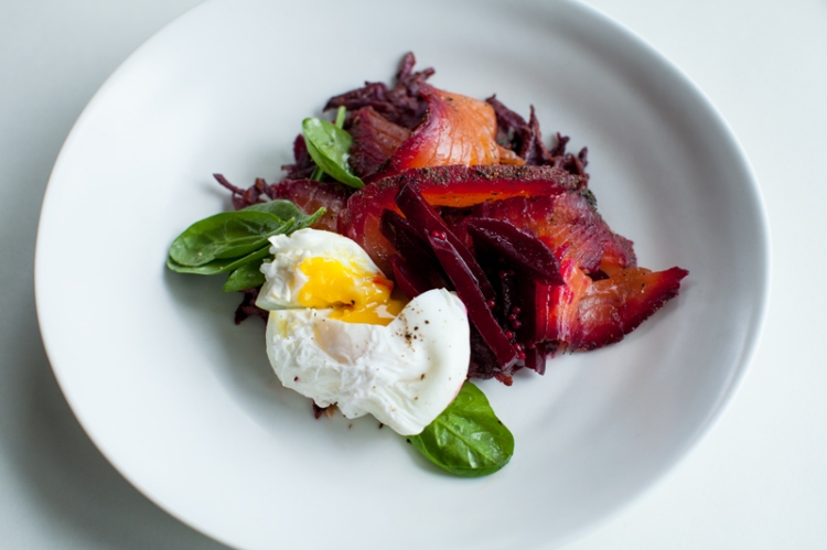 beetroot-and-peppercorn-spiced-cured-salmon-with-crispy-kumara-rosti-sweet-beet-relish-and-poached-eggs