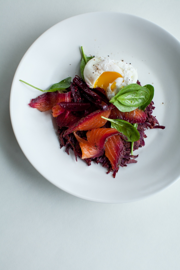 beetroot+dill-and-peppercorn-spiced-cured-salmon-with-crispy-kumara-rosti-and-poached-egg