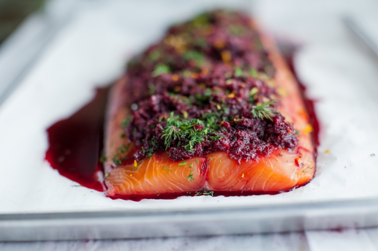 beetroot+dill-and-peppercorn-spiced-cured-salmon--