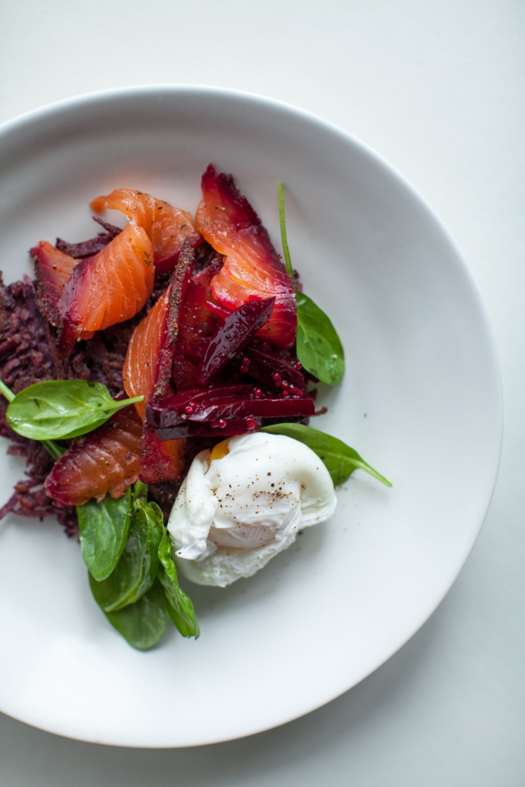 beetroot-and-peppercorn-spiced-cured-salmon-with-crispy-kumara-hash-poached-eggs-and-sweet-beet-relish