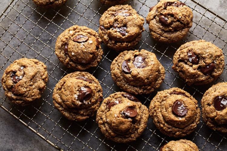 Chosen Foods Oatmeal Chocolate Chip Cookies (Gluten-Free) | Lemon Fire Brigade